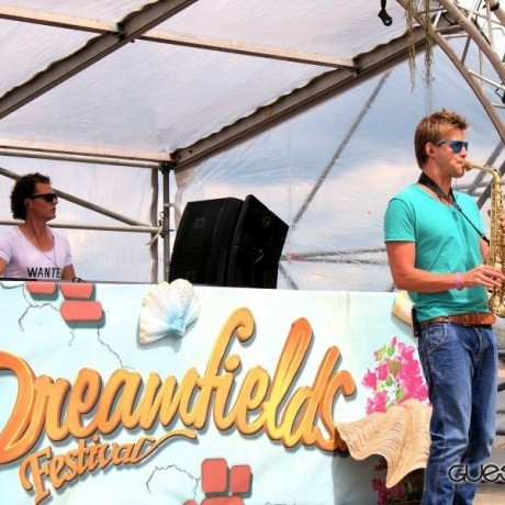 Wayland & Falko on Sax @Dreamfields